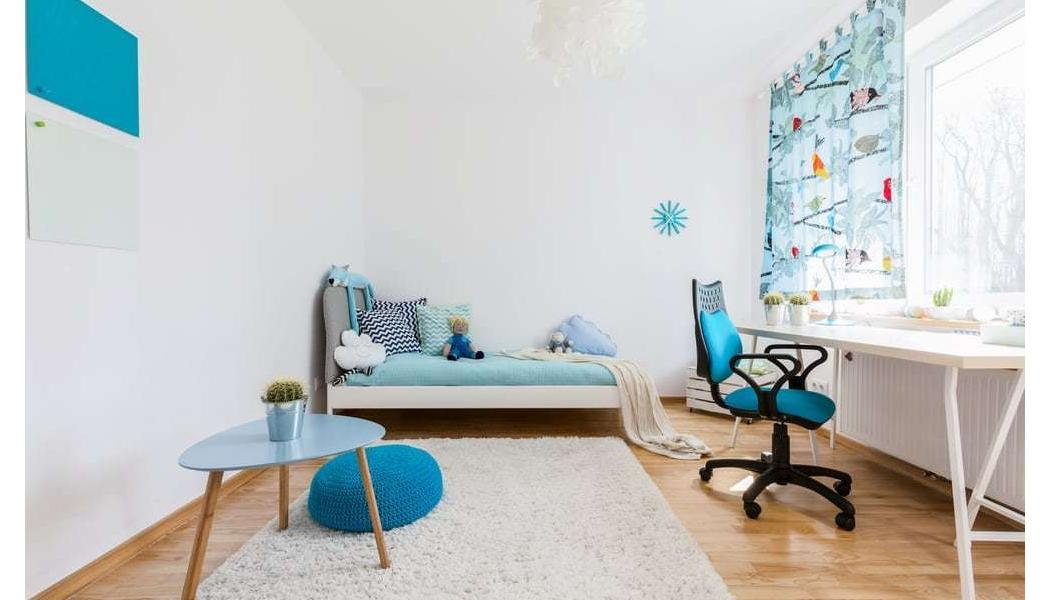 Area rug in child's bedroom