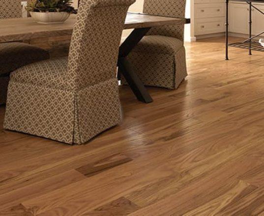 Red Oak Hardwood Floor Room Scene